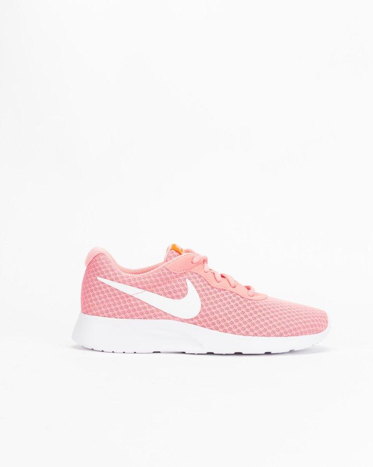 53b86a108e Sapatilhas 2017  Tendências Nike para o Verão - Blogar Moda